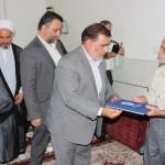 دیدار سردار هادی نژاد به اتفاق امام جمعه شهرستان سرخه با خانواده شهید کرمانی